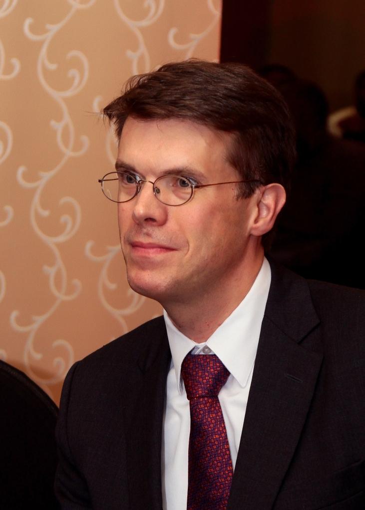 Emanuelson (285)
